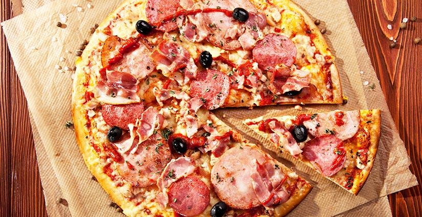 GARFUNKELS-MEGA-MEATY-PIZZA
